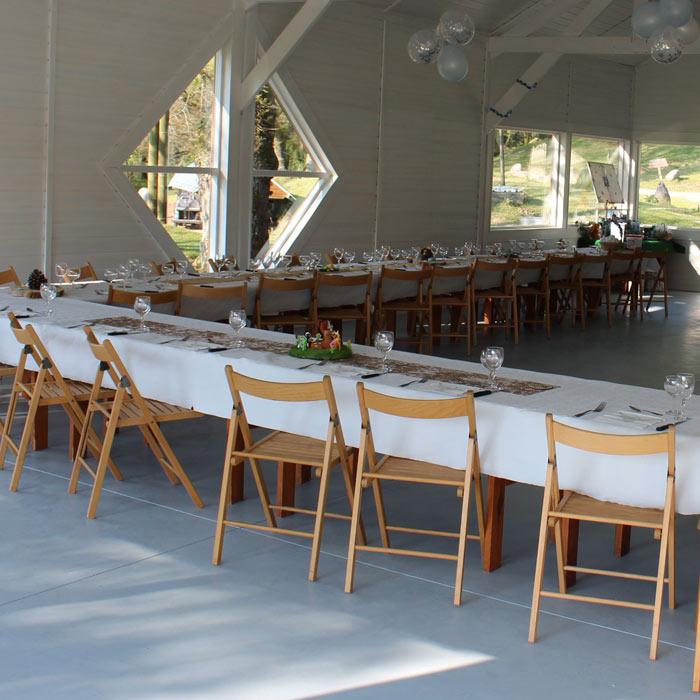 Repas d'affaire, séminaires organisés au parc naturel du Stérou à Priziac dans le Morbihan.